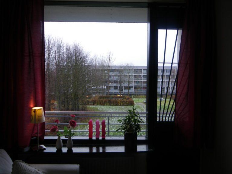 Gellerupparken før den såkaldte helhedsplan i 2010. Udsigt til blok, der blev nedrevet pga. en politisk aftale mellem Aarhus Kommune og Brabrand boligforening